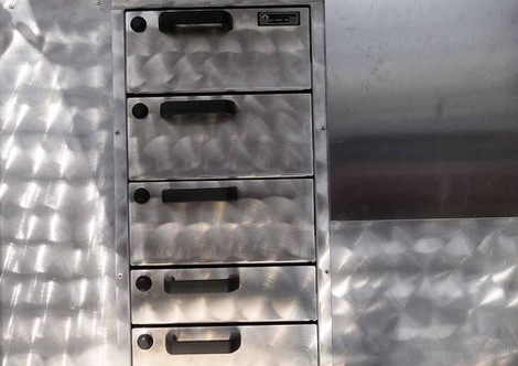 Schubladen-für-Nägel-und-Werkzeug.jpg