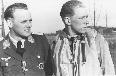 Heinze Knocke and Dieter Gerhardt.jpg