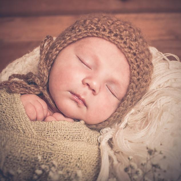 Neugeborenenfotografie-Constance-Gaschle