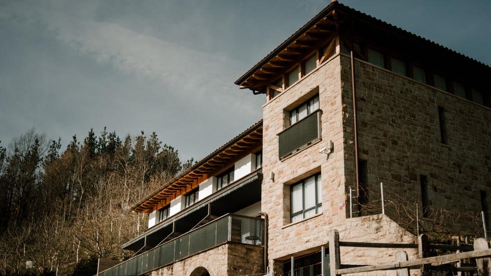 HOTEL ELLAURI
