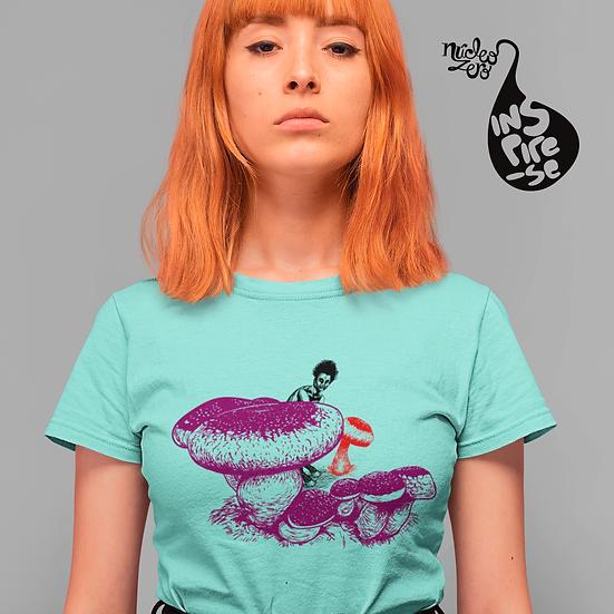 Kit Cogumelos na relva - Camiseta + Caneca