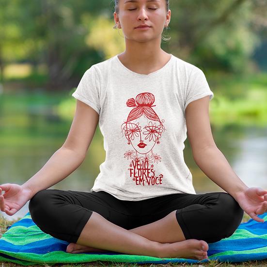 Kit  Flores em Você - Camiseta e Caneca