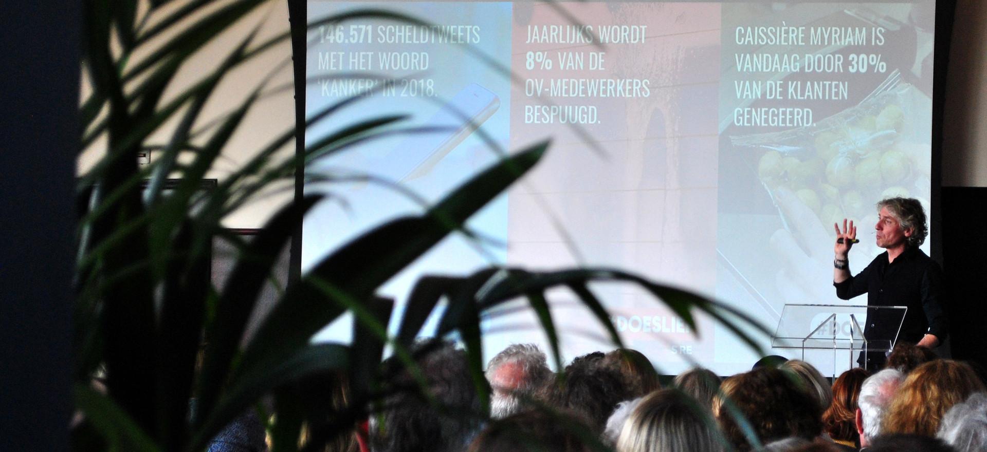 Gedragswetenschapper Reint Jan Renes over gedrag: weten ≠ willen ≠ doen.