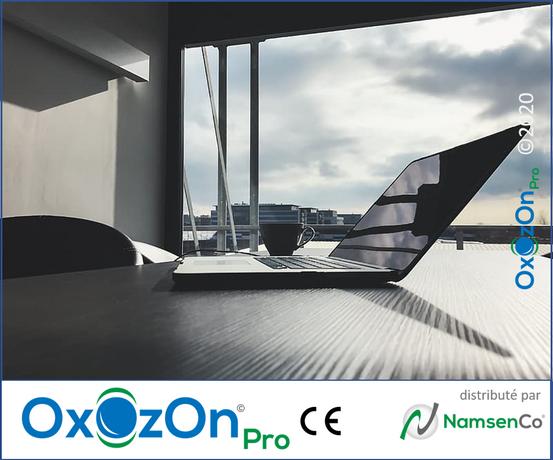 OxOzOn Desk3.png