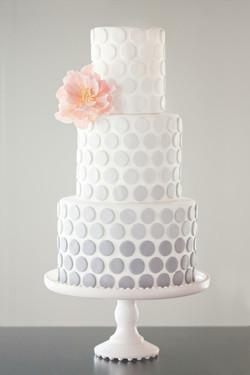 2- Ombre Confetti Wedding Cake
