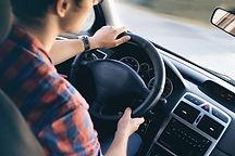 Conduire en voiture Homme