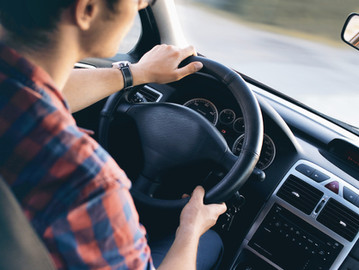 Driving the highway these school hols? Say no to arriving with back pain!