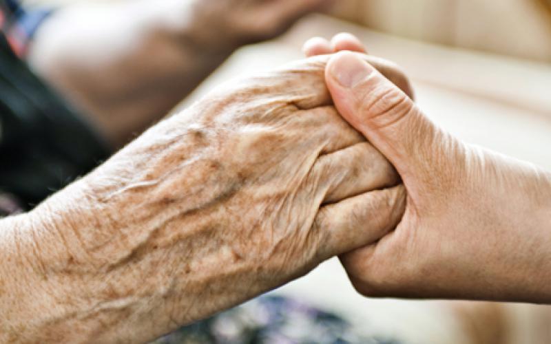 sostegno-anziani.jpg