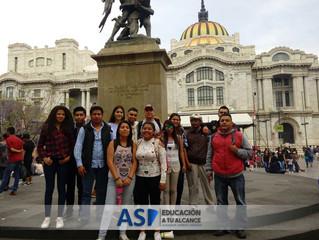 Alumnos de Centro Rioverde acuden a exámen de certificado de Preparatoria en CDMX