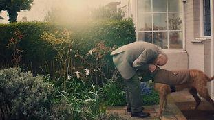 pedigree_dog_dates_hug-1024x576.jpg