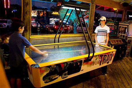 arcade-right.jpg