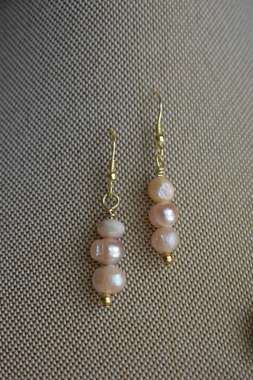 freashwater pink pearls