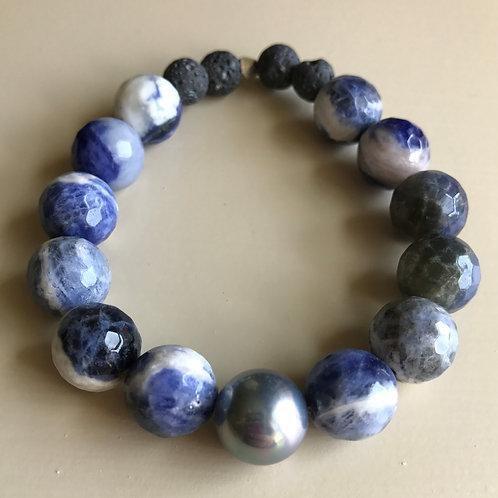 sodalite & silver pearl