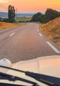 Photos_2cv_sunset_Provence.jpg