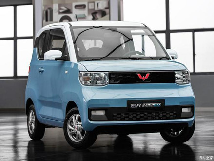 中国・グレーゾーン「低速EV」市場に切り込む、正規の「44万円EV」