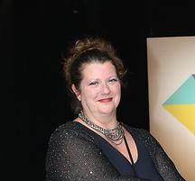 Annelies Helmer