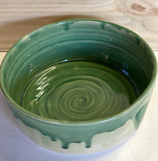 Green serving bowl, large