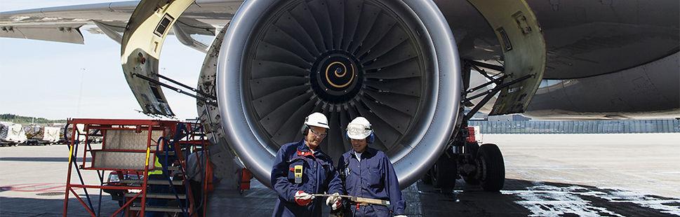 اكاديمية طيران وهندسة صيانة طائرات في الاردن,اكاديمية الشرق الاوسط للطيران