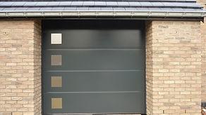 Fenetre pvc nord et porte de garage de qualité installateur pro