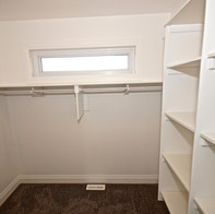custom-walk-in-closet-shelving.jpg