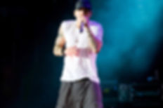 EMINEM BREAKS RECORD WITH 229 WORDS IN 30 SECONDS