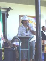 Leyendo poemas en Masaya, Nicaragua.