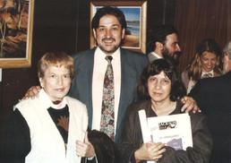Junto a las escritoras Libertad Demitrópulos y Celia Fontán en Buenos Aires.