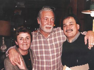 Junto a Marta Cwielong y Guillermo Ibañez en Café Bollini.