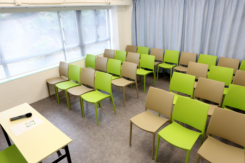 教室租用 - 平日 第三節 及 周末/假日 第一節