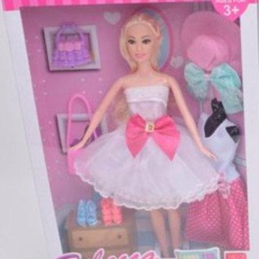 Кукла с аксессуарами в ассортименте, в/к 23*5,5*33 см
