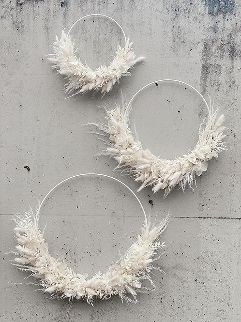 Hoop White Crisp 40 cm