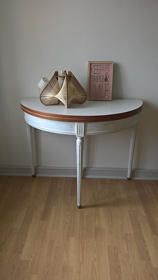 Table / console