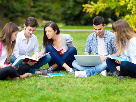 3 Summer Scholarship Strategies for Students of any Education Level
