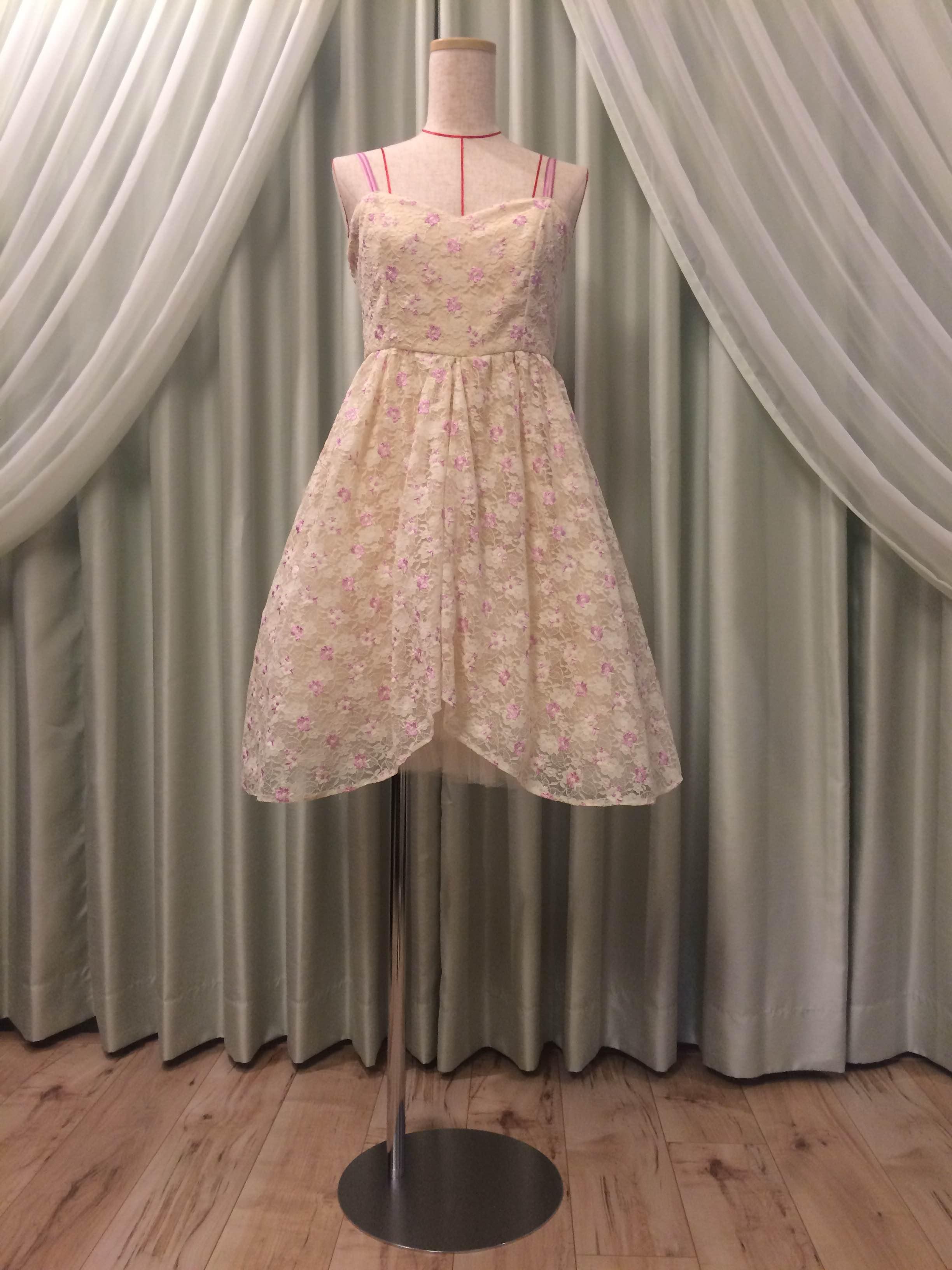 春のランチタイムコンサート用のドレス