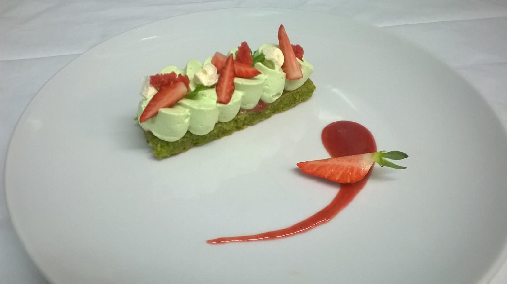trocadéro fraise pistache