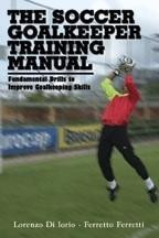 Capa do livro the soccer goalkeeper training manual
