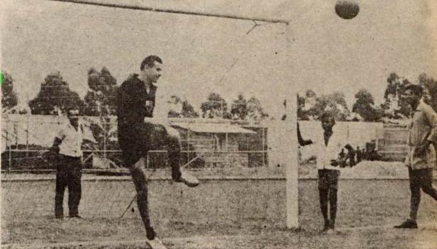 Cortina de Ferro) Lev Yashin… o Aranha-Negra no Flamengo – Futbolny