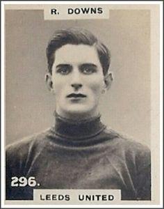 Resultado de imagem para goalkeeper 1920 beale mancheste runited