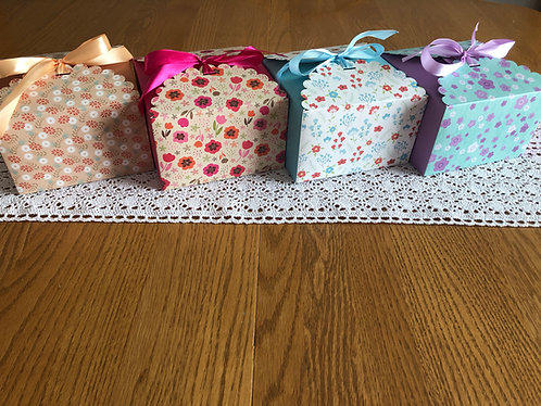 Gift Boxes with 5 medium melts