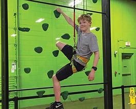 climbing wall kid 1220a_X-drenaline_3.jp