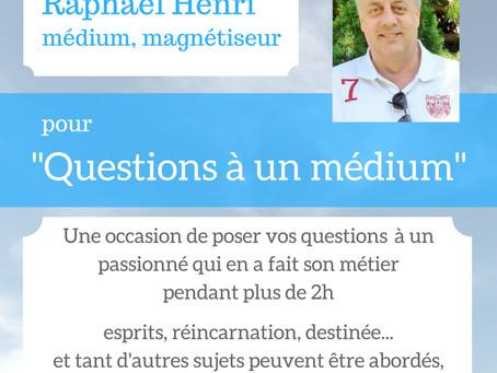 """Conférence """"Questions à un médium"""""""