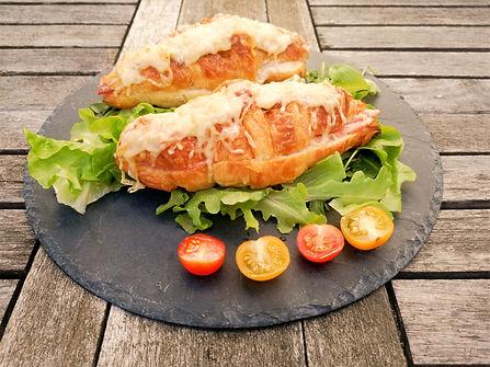 croissant%20au%20jambon_edited.jpg