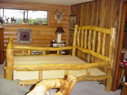aspen log bed8820.jpg