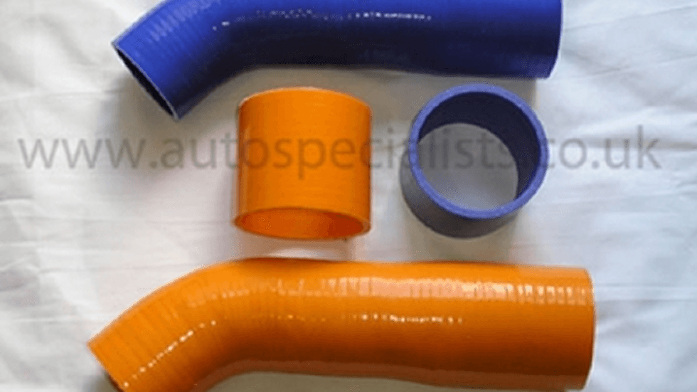 FOCUS MK2 ST 225 – SILICONE 2 PCE BOOST HOSES FOR FOCUS ST TURBO