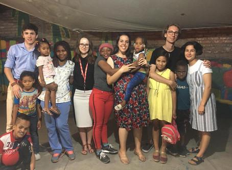 Verdadeiramente Pontos Coração é a Escola do Amor, onde eu fui aluna e os hondurenhos os professores