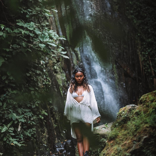 Bali - Waterfall - Portrait .png