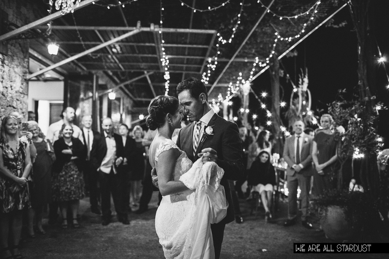 wedding dance on verandah carina-mat-777