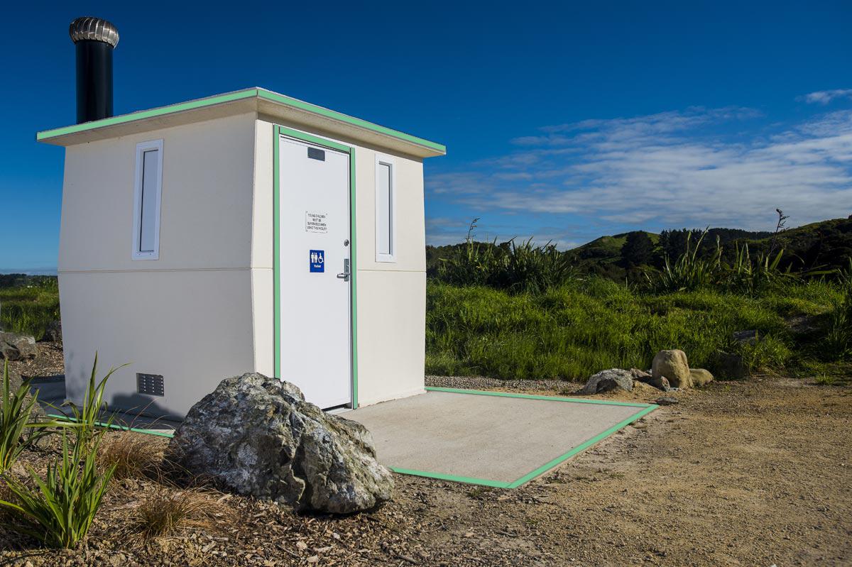 Manawatu Gorge Toilet Block