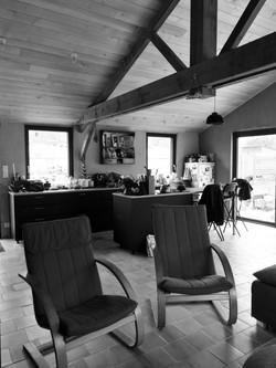Vue de la cuisine depuis le salon