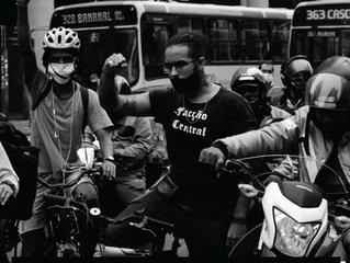 Cine debate Fotografia e Vídeo Documental de Guerrilha com Coletivo Foto Guerrilha e Allan Santos